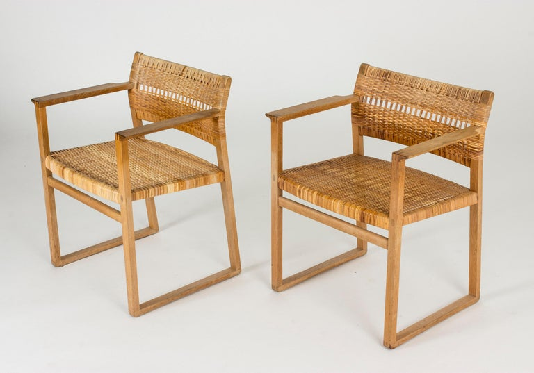 Set of Eight Rattan Dining Chairs by Børge Mogensen For Sale 5