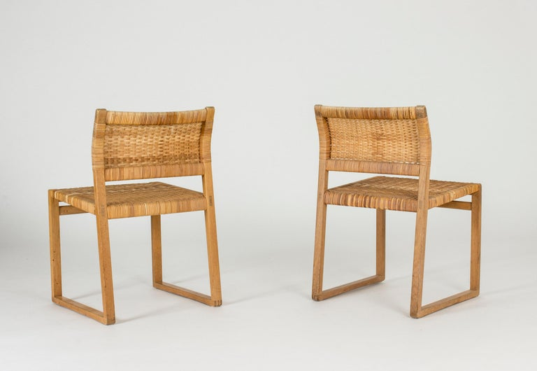Set of Eight Rattan Dining Chairs by Børge Mogensen In Good Condition For Sale In Stockholm, SE