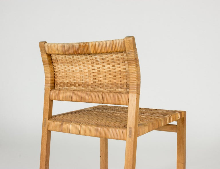Set of Eight Rattan Dining Chairs by Børge Mogensen For Sale 3