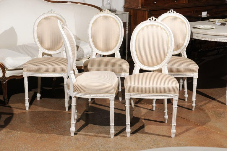 Carved Set of Eight Swedish Gustavian Style 19th Century Dining Chairs with Oval Backs