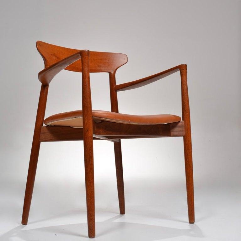 Set of 12 Teak Dining Chairs by Harry Østergaard for Randers Møbelfabrik For Sale 5