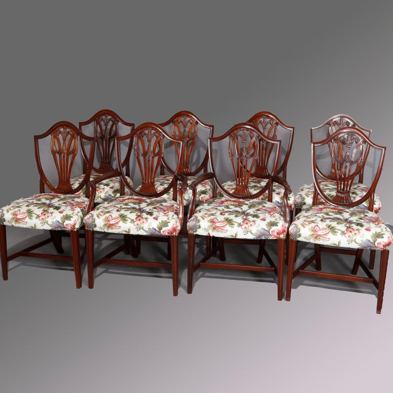 Set of Eight Vintage English Mahogany Shield Back Dining Chairs, circa 1930 For Sale 1