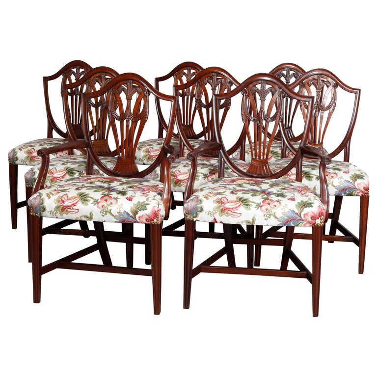 Set of Eight Vintage English Mahogany Shield Back Dining Chairs, circa 1930 For Sale