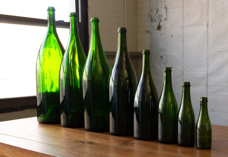 Set of Eight Vintage French Champagne Bottles In Good Condition For Sale In Buchanan, NY