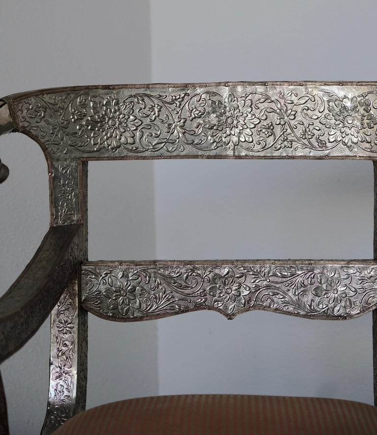 Set of Eight Vintage Rams Head Anglo-Indian Embossed Silver Metal Dining Chairs For Sale 8