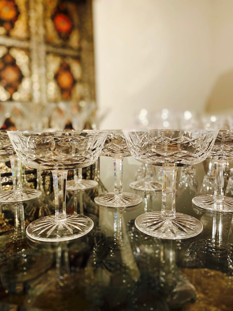 German Set of Eight Vintage Waterford Crystal Coupe Champagne Glasses, circa 1990s For Sale