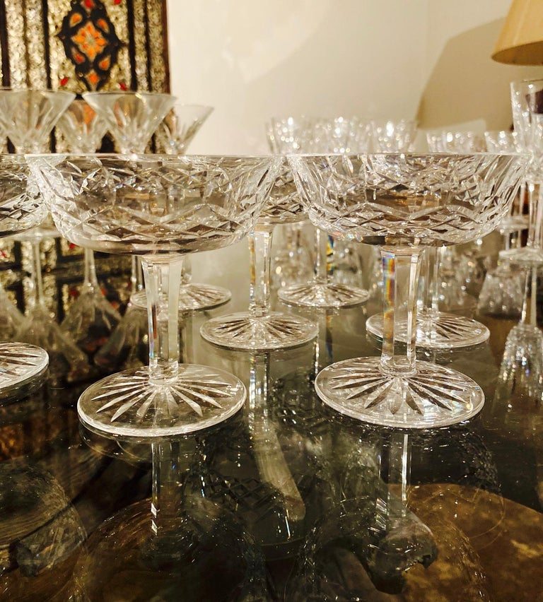 Faceted Set of Eight Vintage Waterford Crystal Coupe Champagne Glasses, circa 1990s For Sale