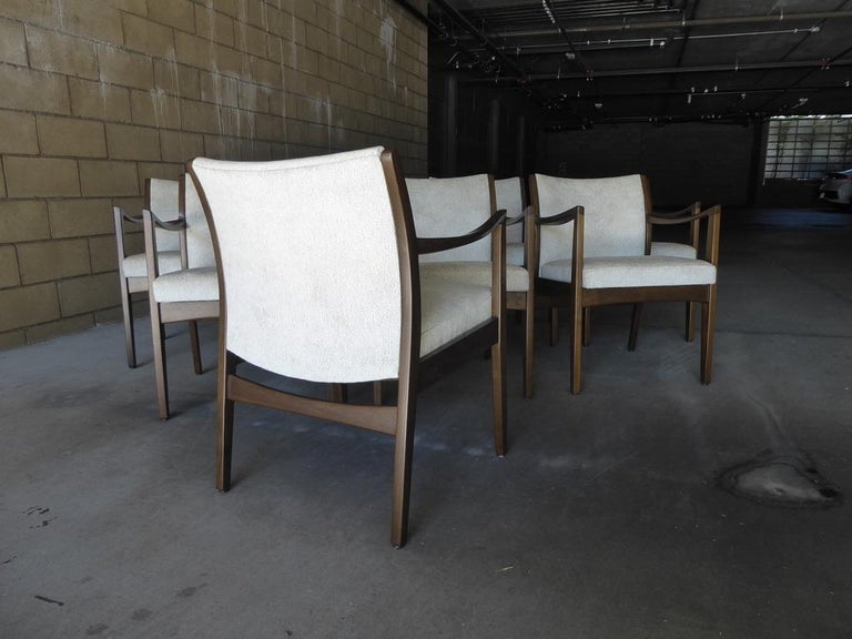 North American Set of Eight Walnut Dining Chairs by Johnson Chair Co. circa 1950s For Sale