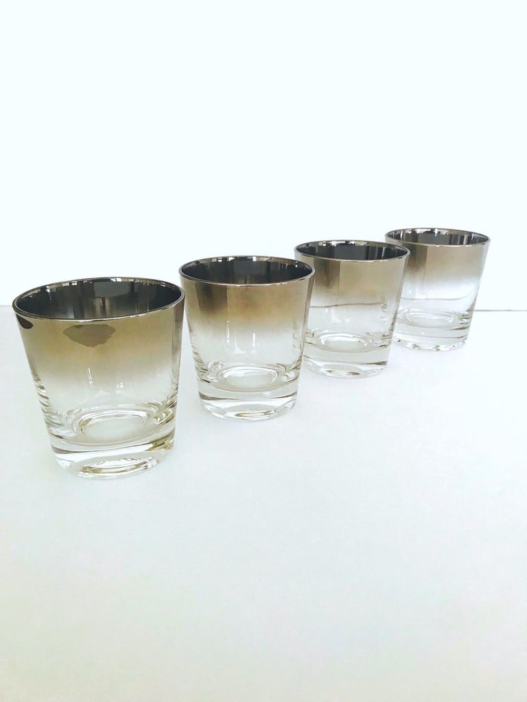 Set of Eight Whiskey Barware Glasses and Martini Shaker by Dorothy Thorpe, 1960s For Sale 8