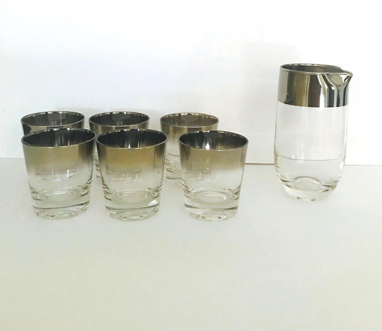 American Set of Eight Whiskey Barware Glasses and Martini Shaker by Dorothy Thorpe, 1960s For Sale