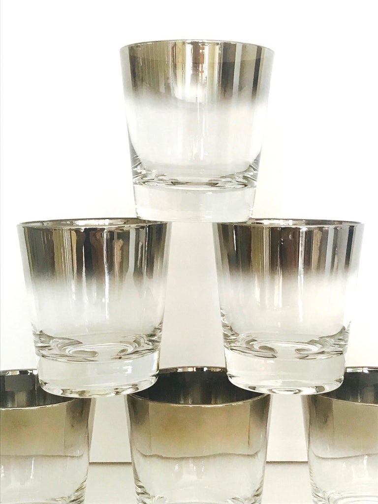 Blown Glass Set of Eight Whiskey Barware Glasses and Martini Shaker by Dorothy Thorpe, 1960s For Sale