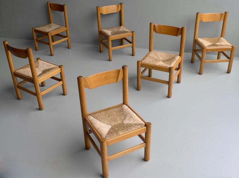 Mid-Century Modern Set of Eight Wood and Rush Chairs in Style of Charlotte Perriand, France, 1960 For Sale