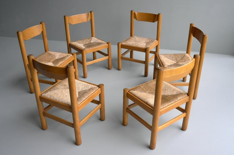 Mid-20th Century Set of Eight Wood and Rush Chairs in Style of Charlotte Perriand, France, 1960 For Sale