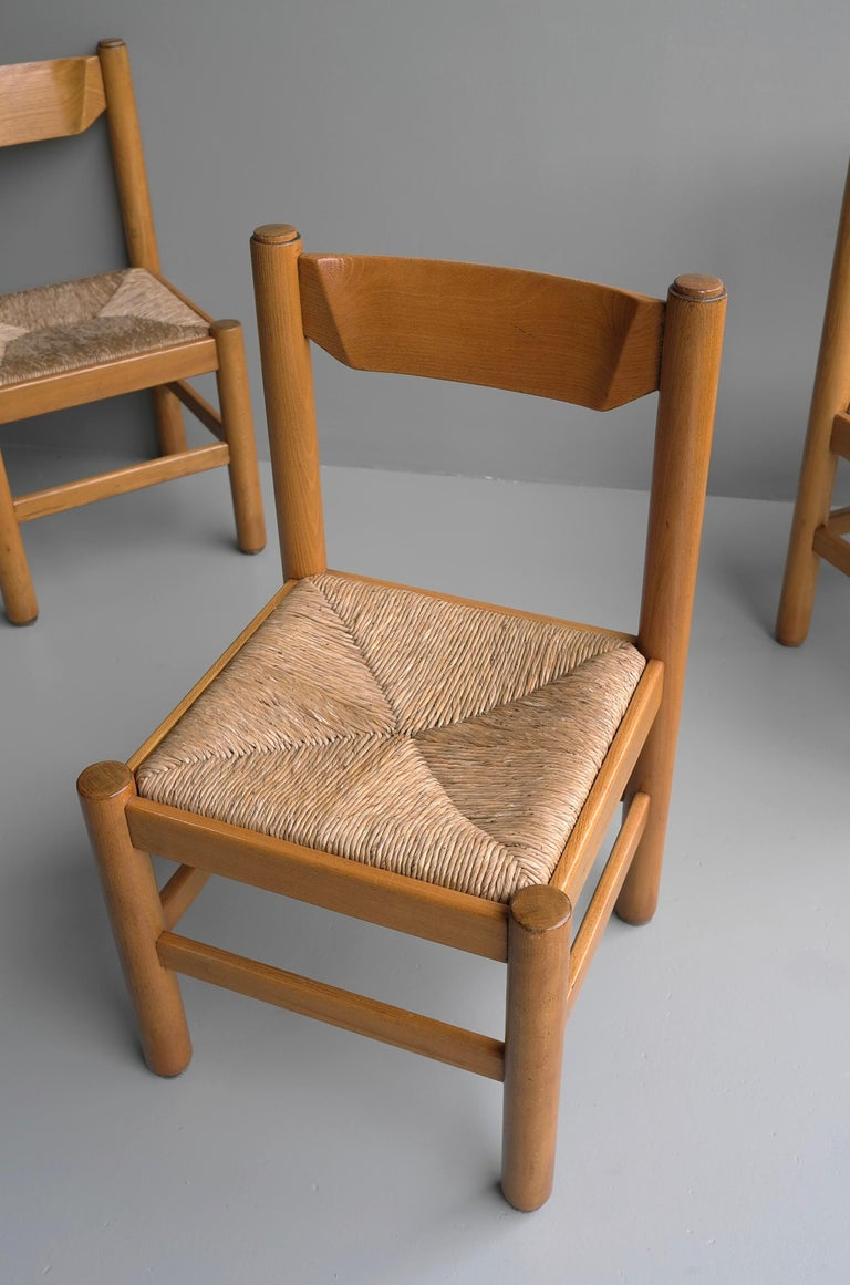 Set of Eight Wood and Rush Chairs in Style of Charlotte Perriand, France, 1960 For Sale 3