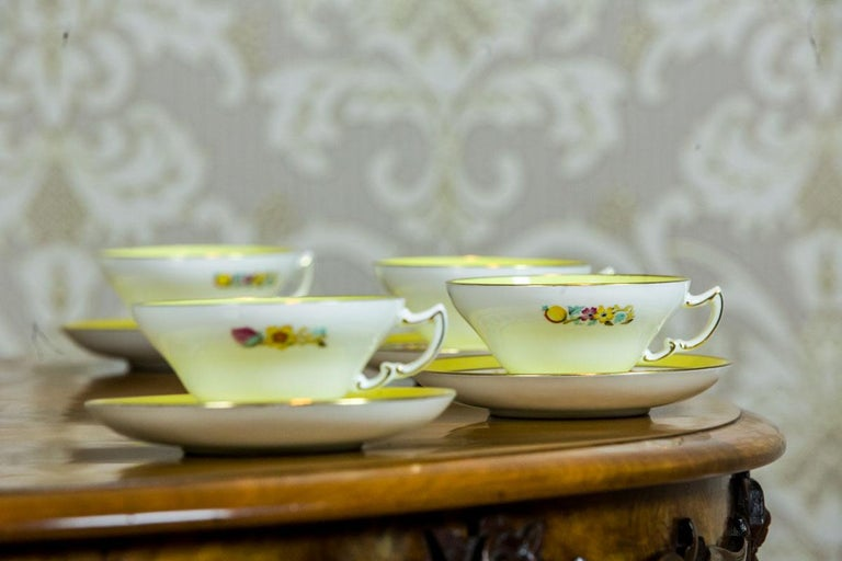 Early 20th Century Set of English Mintons Cups, circa 1929 For Sale