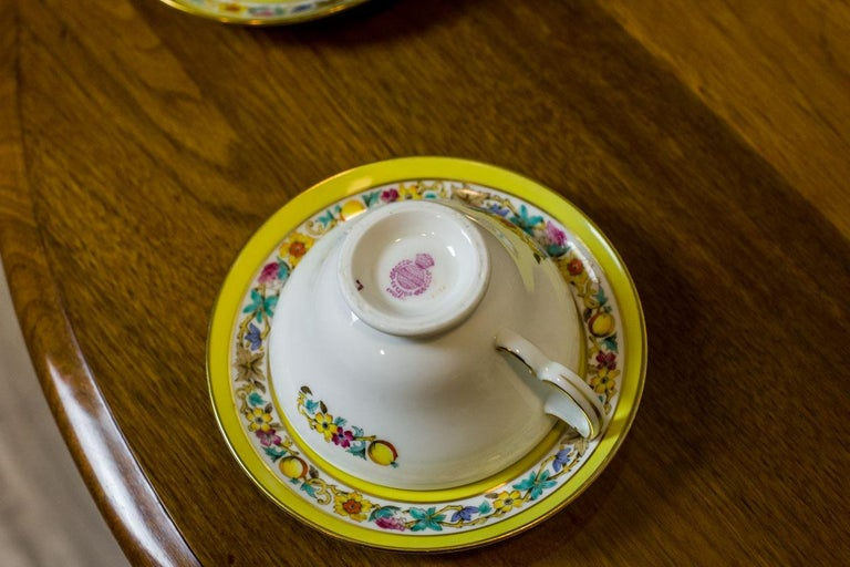 Porcelain Set of English Mintons Cups, circa 1929 For Sale