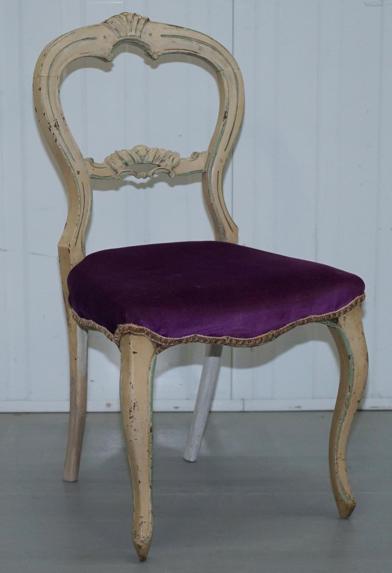 shabby chic dining chairs set of five 5 medallion back original shabby chic dining chairs at 1stdibs 8912