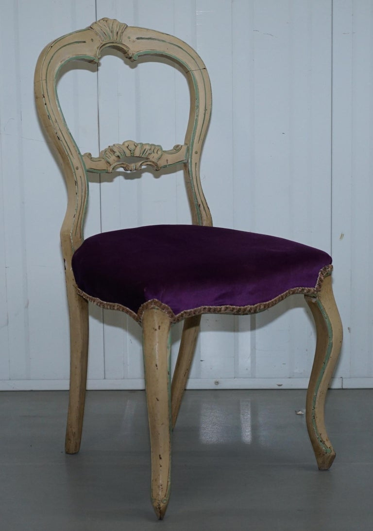 shabby chic dining chairs set of five 5 medallion back original shabby chic dining chairs at 1stdibs 478