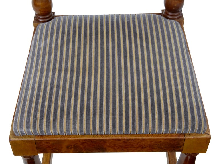 Set of Five Art Deco Period Pine Dining Chairs In Good Condition For Sale In Debenham, Suffolk
