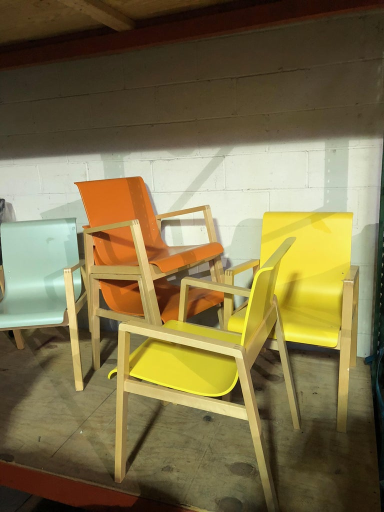 Modern Set of Five Artek Hallway Chairs by Alvar Aalto For Sale
