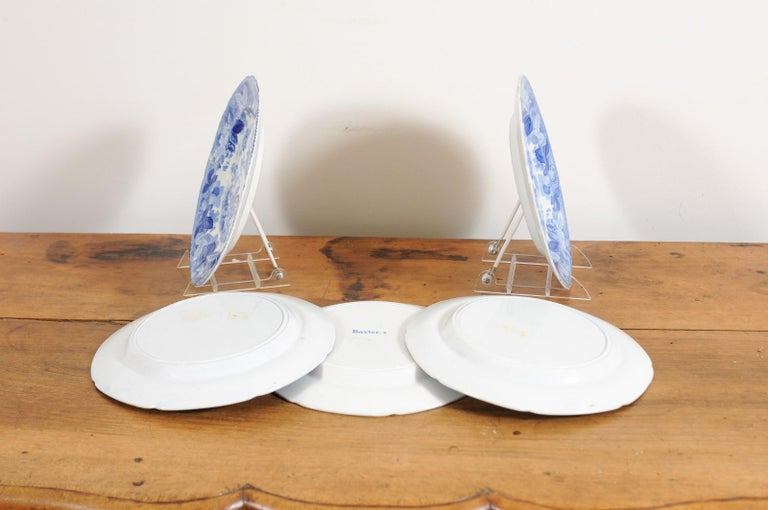 Five English 19th Century Blue and White Porcelain Plates with Floral Pattern For Sale 6