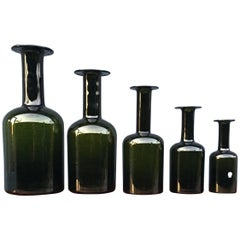 Set of Five 'Gulvase' by Otto Brauer for Holmegaard in Bottle Green