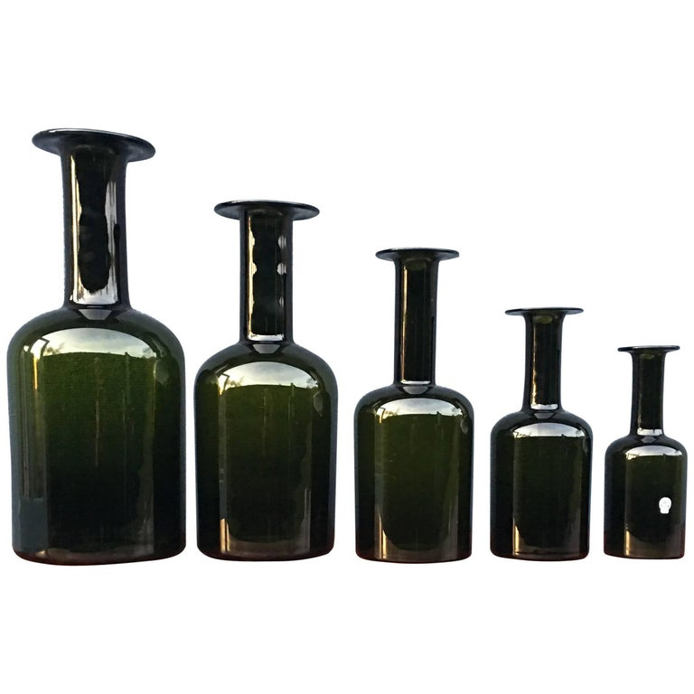 Set of Five 'Gulvase' by Otto Brauer for Holmegaard in Bottle Green For Sale