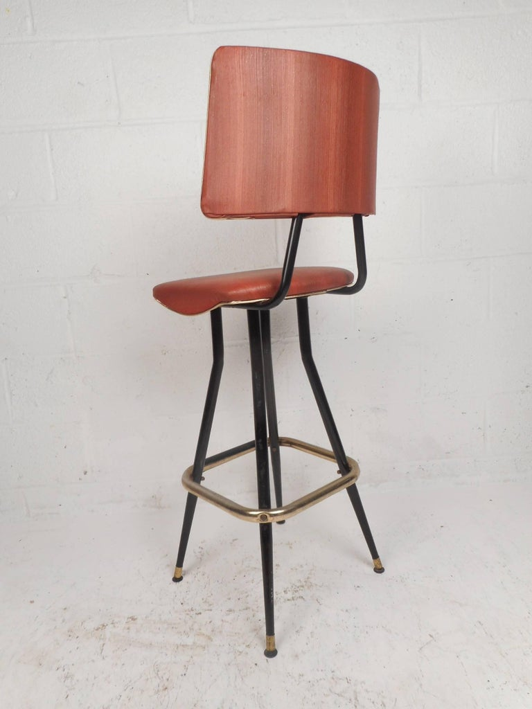 Late 20th Century Set of Five Mid-Century Modern Swivel Bar Stools For Sale