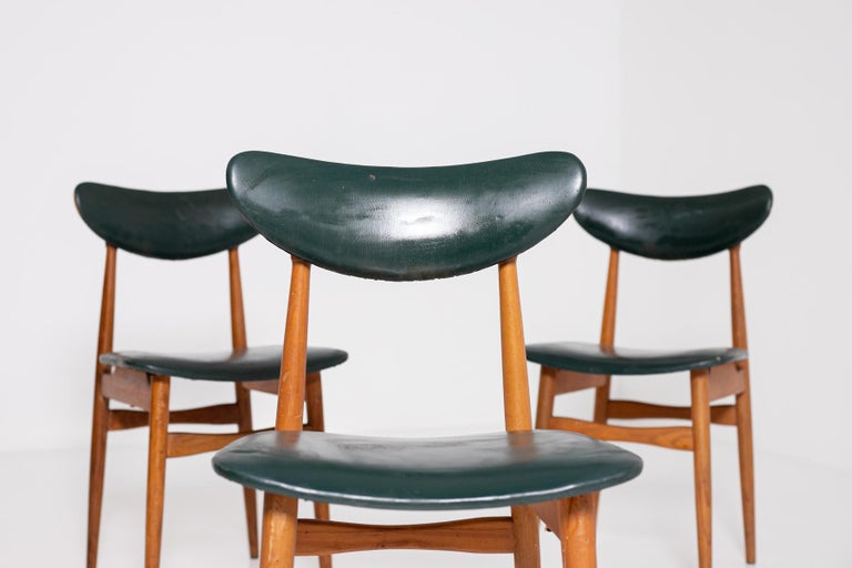 Set of Five Nordic Chairs in Green Leather and Wood, 1950s For Sale 5