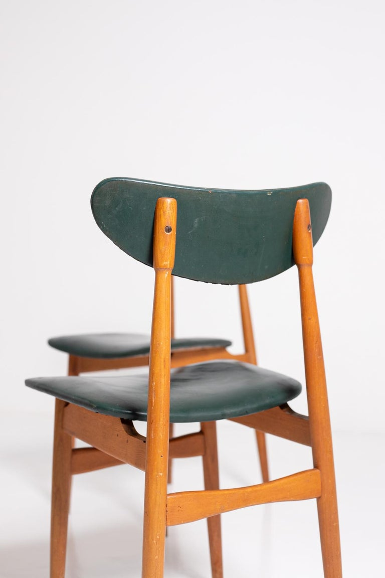 Set of Five Nordic Chairs in Green Leather and Wood, 1950s For Sale 6