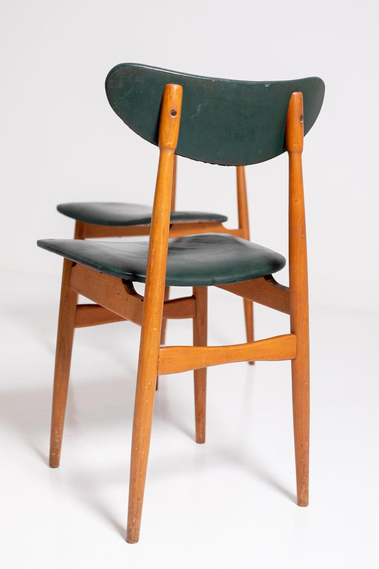Set of Five Nordic Chairs in Green Leather and Wood, 1950s For Sale 7