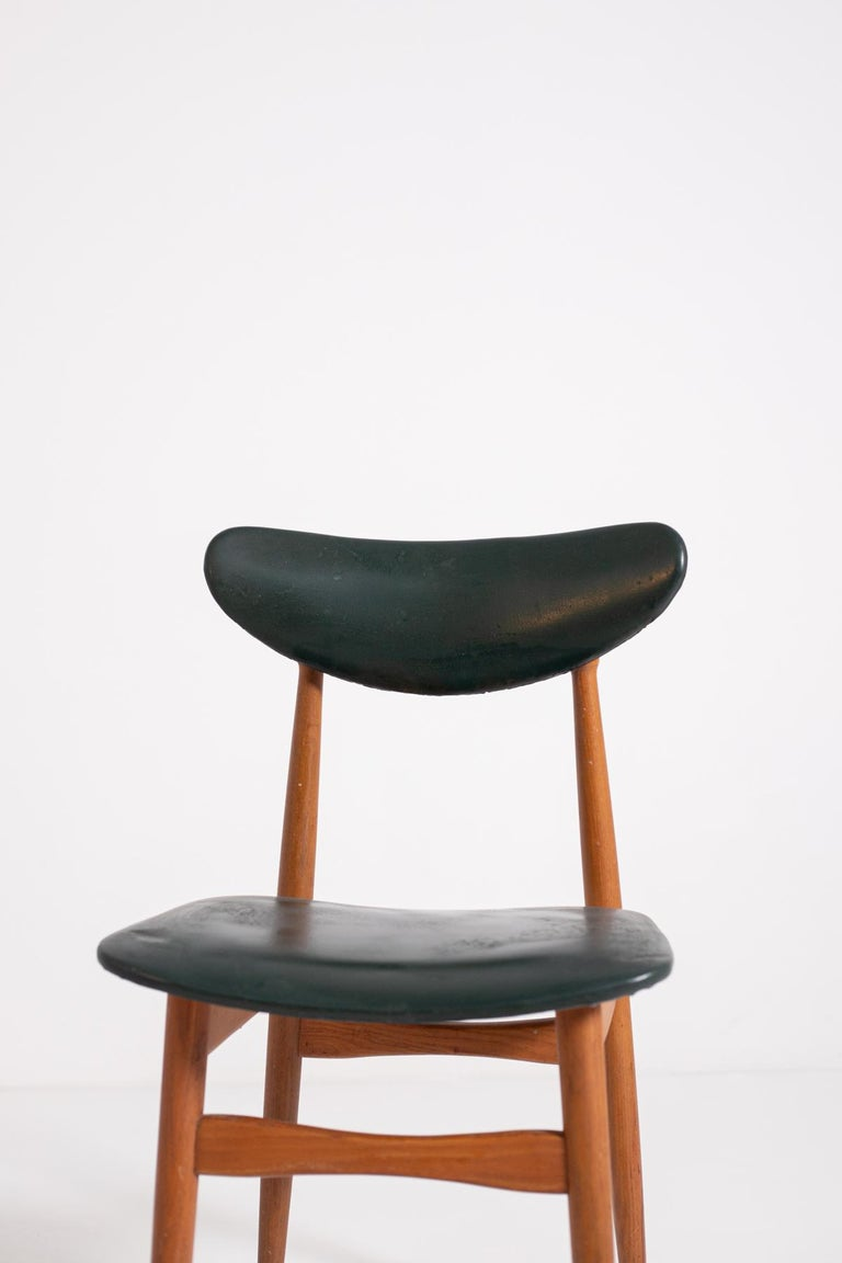 Set of Five Nordic Chairs in Green Leather and Wood, 1950s For Sale 12