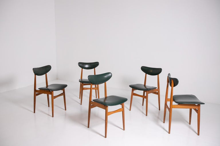 Mid-Century Modern Set of Five Nordic Chairs in Green Leather and Wood, 1950s For Sale