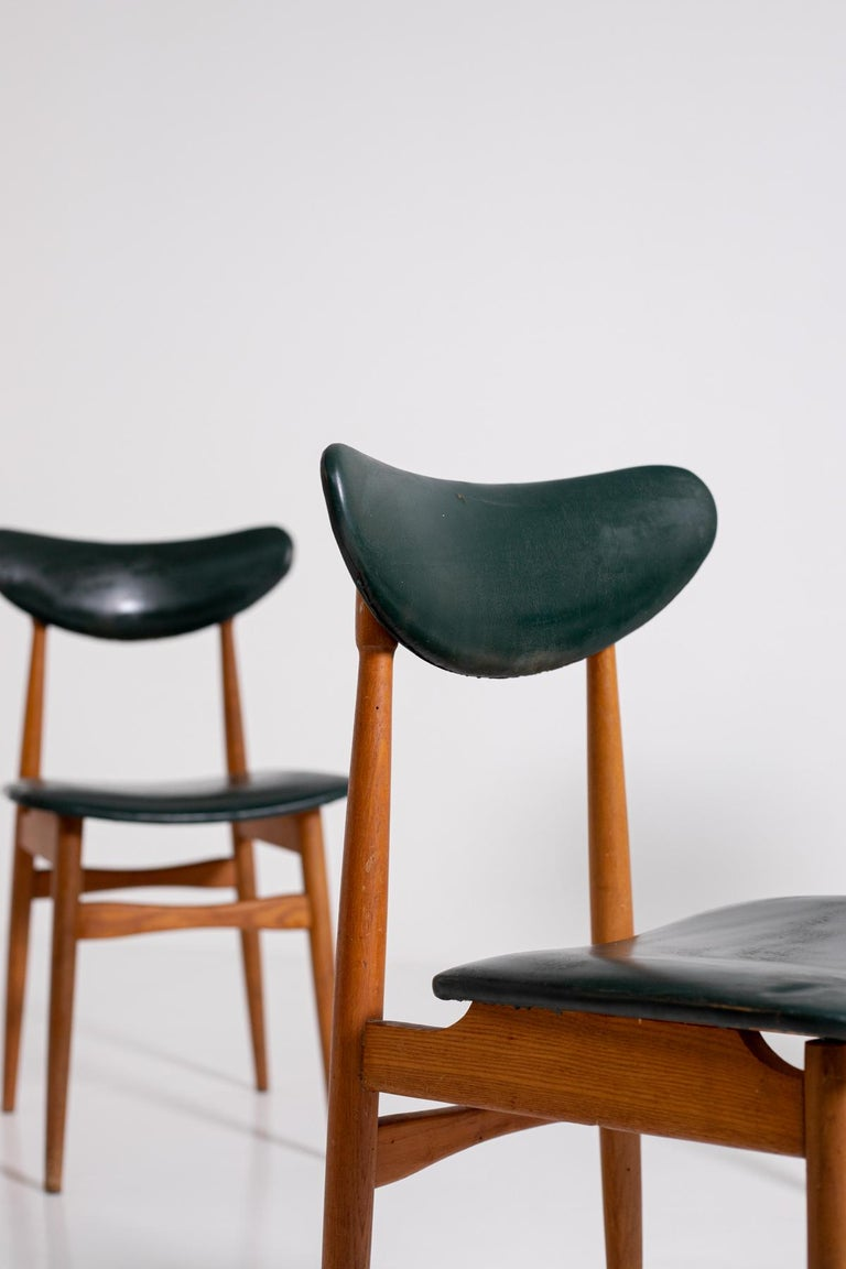Swedish Set of Five Nordic Chairs in Green Leather and Wood, 1950s For Sale