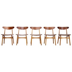 Set of Five Teak and Leather Hans Wegner CH30 Dining Chairs by Carl Hansen