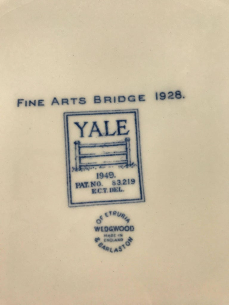 Set of Five Wedgwood Blue and White Yale University Plates For Sale 1