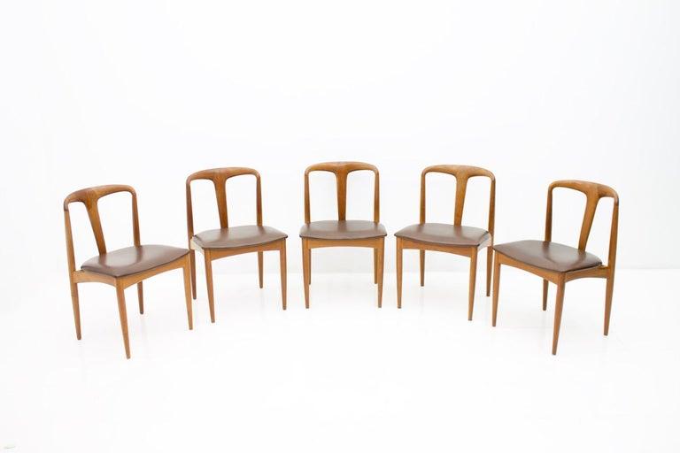 Danish Set of Five Teak Dining Chairs Juliane by Johannes Andersen Denmark For Sale