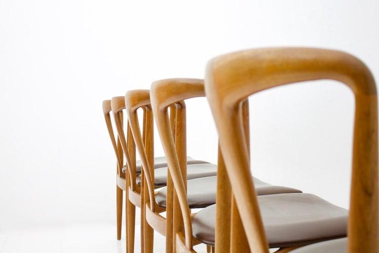 Set of Five Teak Dining Chairs Juliane by Johannes Andersen Denmark For Sale 1