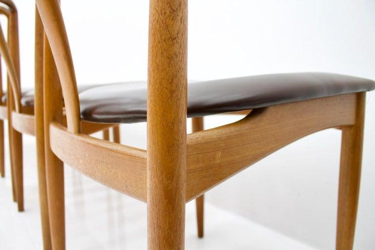 Set of Five Teak Dining Chairs Juliane by Johannes Andersen Denmark For Sale 2