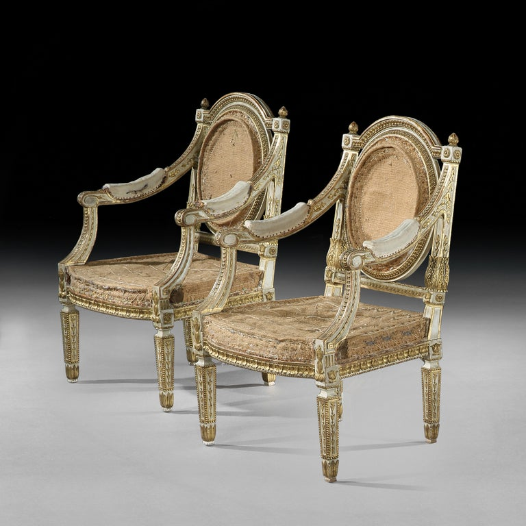 Set of Four Italian Painted and Parcel-Gilt Armchairs of Neoclassical In Good Condition For Sale In Benington, Herts