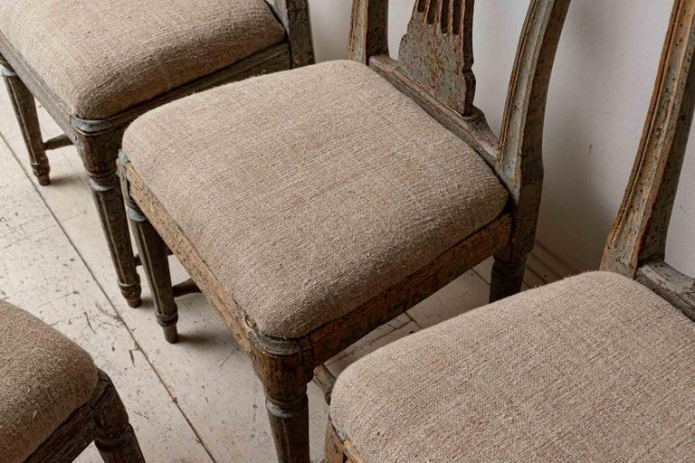 Wood Set of Four 19th Century Hand Painted Swedish Wheat Sheaf Dining Chairs For Sale