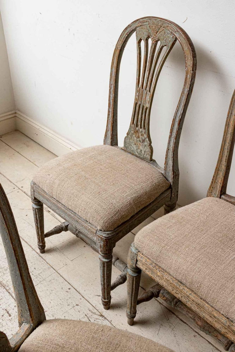 Set of Four 19th Century Hand Painted Swedish Wheat Sheaf Dining Chairs For Sale 1