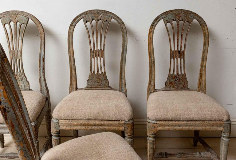 Set of Four 19th Century Hand Painted Swedish Wheat Sheaf Dining Chairs For Sale 2