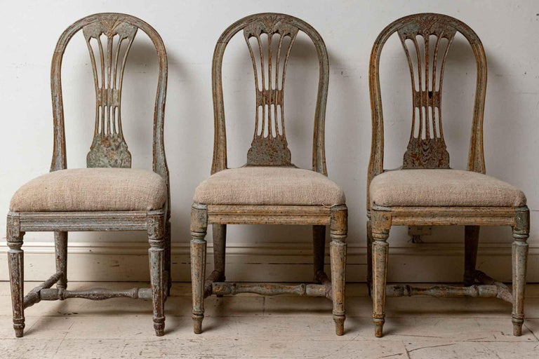 Set of Four 19th Century Hand Painted Swedish Wheat Sheaf Dining Chairs For Sale 3