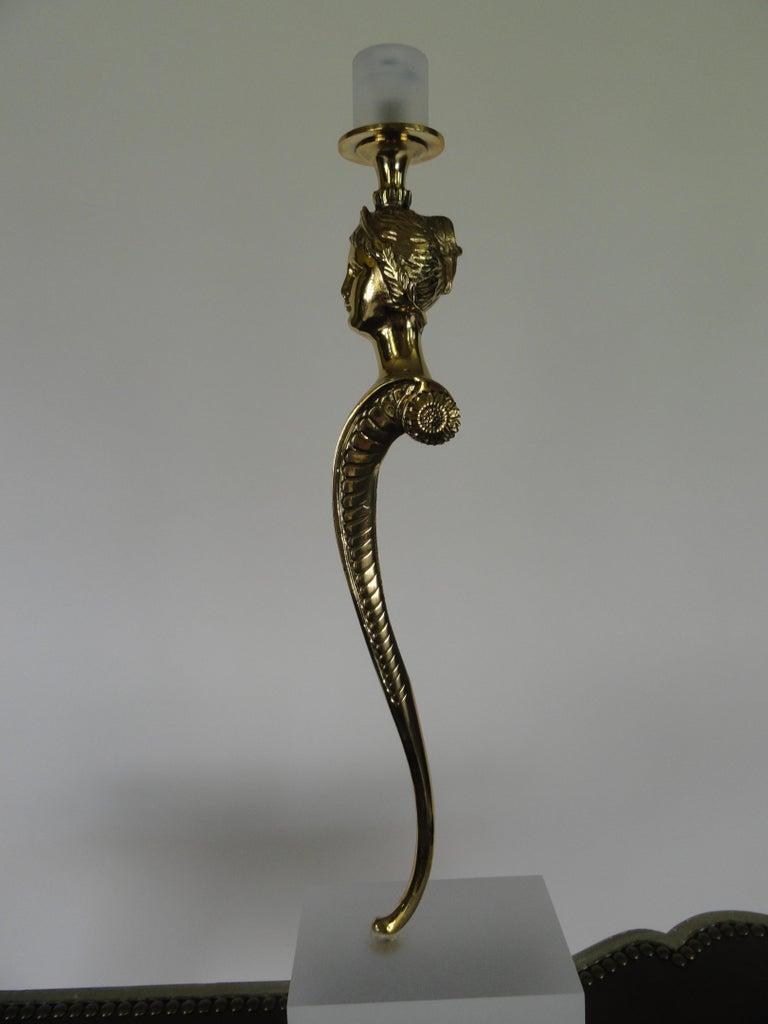 Set von vier des 20ten Jahrhunderts polierte Bronze Kerzenhalter 5
