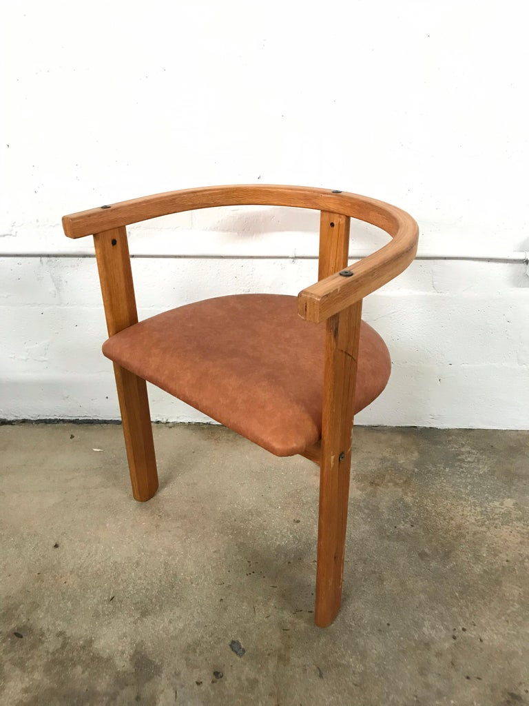 20th Century Set of Four Oak Dining Chairs, Style of Carlo Scarpa, circa 1968 For Sale