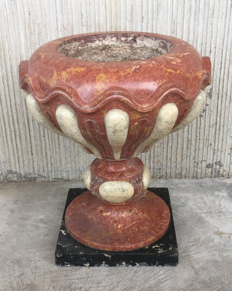 Spanish Set of Four Aged Pink Marble Hand Carved Planters with Serpentine White Inlays For Sale
