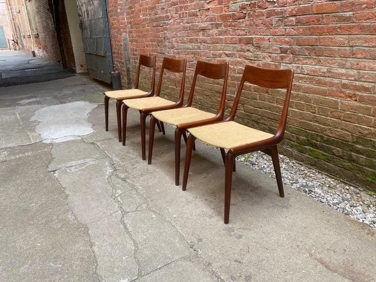 Scandinavian Modern Set of Four Alfred Christensen Boomerang Teak Chairs For Sale