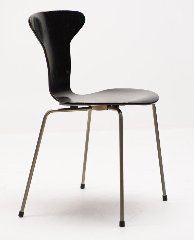 Danish Set of Four Arne Jacobsen for Fritz Hansen 3105 Dining Chairs For Sale