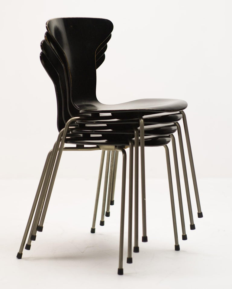 Lacquered Set of Four Arne Jacobsen for Fritz Hansen 3105 Dining Chairs For Sale